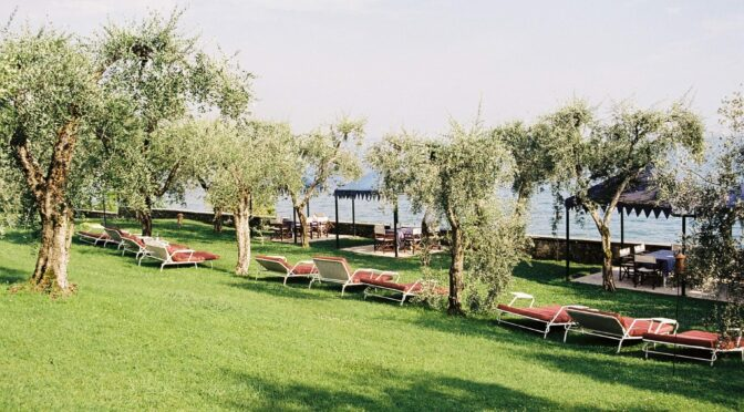 "San Vigilio- ""leave  business and worries to the city"""